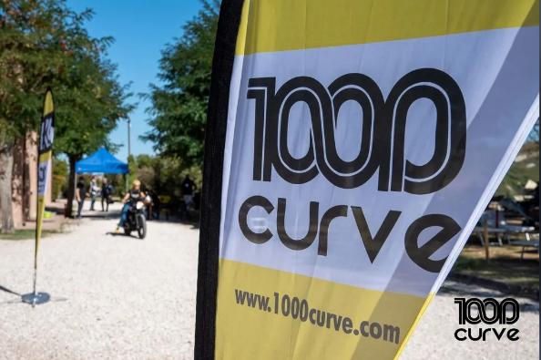 1000 curvee